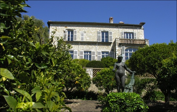 Mus e renoir le cadre d 39 origine cartridge world for Renoir maison classique